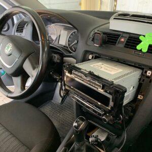 автоелектрик у Львові