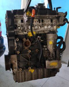 заміна двигуна автомобіля